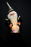 Magicien jetant un sort Photographie stock libre de droits