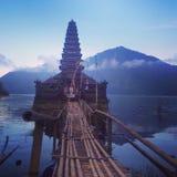 Magicplace del agua del lago bali Temple Hill Fotografía de archivo