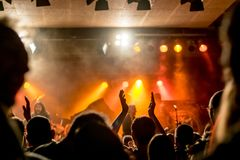Magiczna atmosfera przy koncertem zdjęcia royalty free