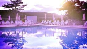 Magiczny basenu wieczór widok zdjęcie wideo