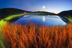 Magiczny nocy jezioro Obraz Royalty Free