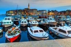 Magiczny świt z Rovinj starym miasteczkiem, Istria region, Chorwacja, Europa Fotografia Stock