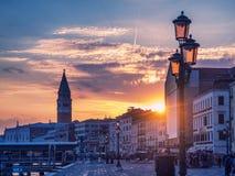 Magiczny zmierzch w Wenecja z widokiem San Marco dzwonnica Obrazy Stock