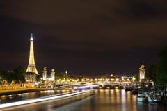 Magin av Paris på natten Royaltyfri Foto