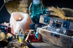 Magisch concept Drankjes in fles Royalty-vrije Stock Afbeeldingen