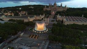 Magische fontein in Barcelona stock videobeelden