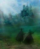 Magische kasteel en prinses met prins Stock Fotografie