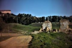 Magische landschappen van Carmona Sevilla 7: een landweg royalty-vrije stock afbeeldingen