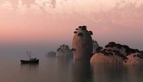 Magischer Sonnenuntergang und Vogel auf Himmel in der Sonne beleuchten Stockfoto
