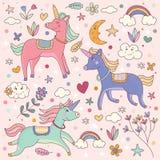Magisches Einhorn-und Regenbogen-gesetztes Illustrations-Gekritzel Lizenzfreie Stockfotografie