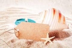 Magisches Shell mit Kerzenlicht und -empty tag Lizenzfreies Stockfoto