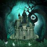Magisk bakgrund med en fantasislott och kusliga träd Arkivbilder