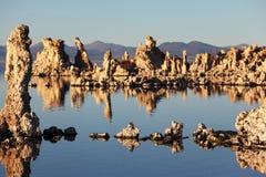 magisk mono solnedgång för lake Royaltyfri Bild