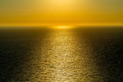 Magisk solnedgång på Zakynthos royaltyfria foton
