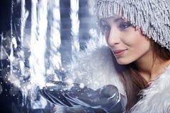 Magisk vinterkvinna Royaltyfri Fotografi