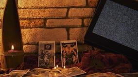 Magiska kort för tarok för häxeriförmögenhetkassör mystiska lager videofilmer