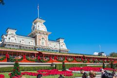Magiskt kungarikejärnvägkontor på Walt Disney World Royaltyfria Foton