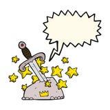 magiskt svärd för tecknad film i sten med anförandebubblan Arkivbilder