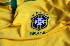 Maglia gialla di federazione di calcio del Brasile Fotografia Stock
