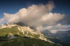 Maglic山最高的山顶在波黑 免版税库存图片