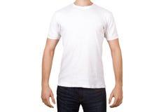 Maglietta bianca sul giovane Immagine Stock
