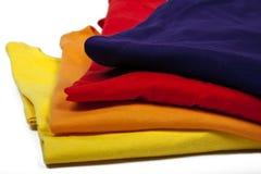 Magliette colorate fotografia stock libera da diritti