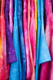 Magliette nei colori acidi Fotografie Stock