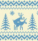 Maglione blu con i cervi Immagini Stock