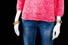 Maglione, jeans ed accessori rosa Immagini Stock Libere da Diritti