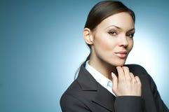 Magnesio atractivo de la mujer de negocios. fotografía de archivo libre de regalías