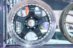 Magnesiumleichtmetallrad- oder -mag-Rad oder maximale Räder des Autos Stockfotografie