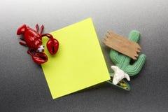 Magneti del frigorifero del cactus e dell'aragosta Fotografie Stock Libere da Diritti