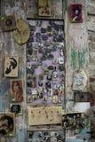 Magneti del ricordo, fatti a mano dal carpentiere, marzo 2019 fotografia stock