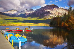 Magnificent morning on Pyramid lake in Canada. Royalty Free Stock Images