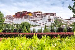 The magnificent potala palace. The Potala Palace is 3,700 meters above sea leveltourism to prevent the lack of internal oxygen, covers an area of 360,000 square Royalty Free Stock Photography