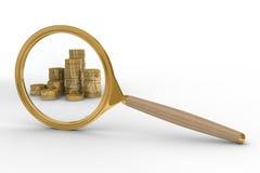 Magnifier e soldi su priorità bassa bianca Immagine Stock Libera da Diritti