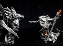 Mago contra Dragón Fotos de archivo libres de regalías