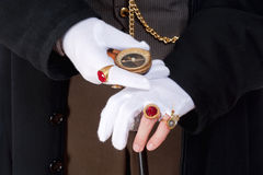 Mago Hands con los guantes y los anillos Imagenes de archivo