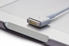 Magsafe-Energiehäfen der Laptop-Computers Stockfoto