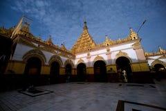 Maha Muni Pagoda στην πόλη του Mandalay, το Μιανμάρ Στοκ φωτογραφία με δικαίωμα ελεύθερης χρήσης