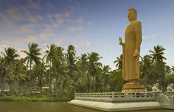 Mahabodhi buddha statue 1 Royalty Free Stock Image