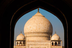 mahal taj 从曲拱的看法 阿格拉印度 免版税库存照片