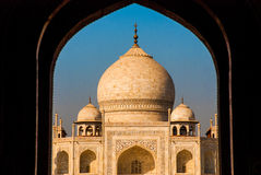 mahal taj 从曲拱的看法 阿格拉印度 图库摄影