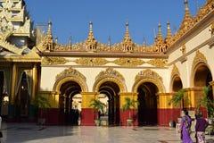 Mahamuni寺庙在曼德勒,缅甸 库存照片