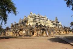 Mahar Aung Mye Bon San Monastery 3 Arkivbild