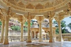 Maharadscha Sawai Mansingh II, Museumsvertrauen der Stadtpalast Gatore Ki Chhatriyan, Jaipur, Rajasthan, Indien gator Stockbilder