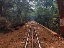 Maharashtra naturel Inde de Matheran de solitude de paysage de voie de train photographie stock libre de droits