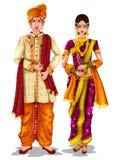 Maharashtrian brölloppar i traditionell dräkt av maharashtraen, Indien vektor illustrationer