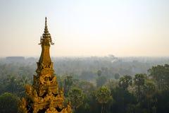 Maharzayde pagod. Bago. Myanmar. Arkivbilder
