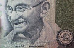 Mahatma Gandhi auf 100 Rupien Banknote Stockbilder